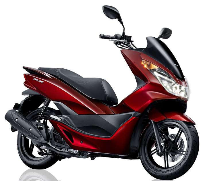 All New PCX My Brilliant Signature, Rp38.800.000, 150cc, 129kg.
