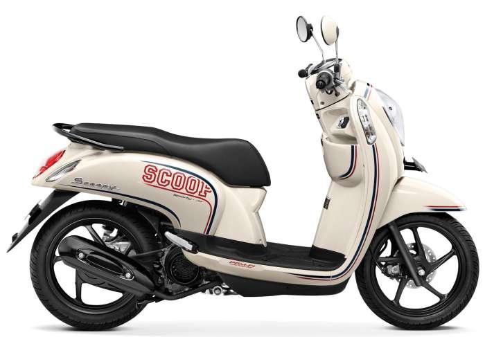 Scoopy FI Stylish, Rp15.350.000, 110cc, 96kg.