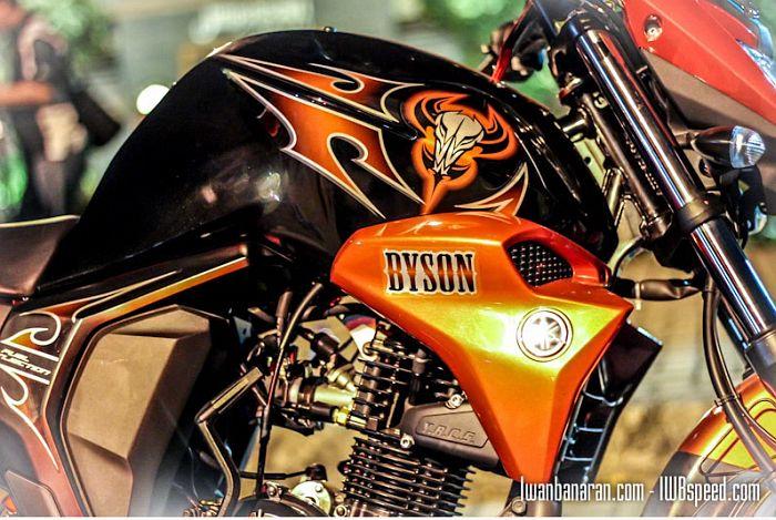 Stiker korak Yamaha Byson1