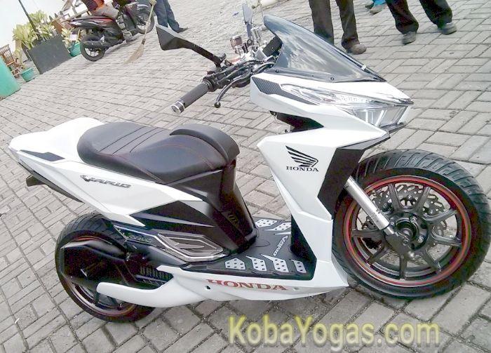 Honda Vario 150 modif sport3