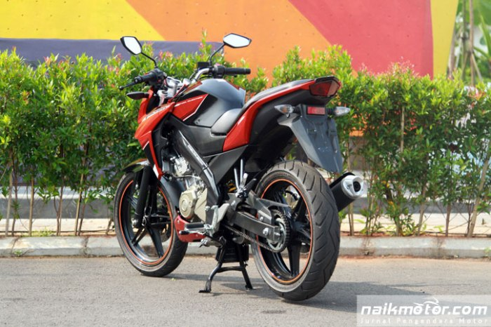 Yamaha-New-V-ixion-Advance-launching_20