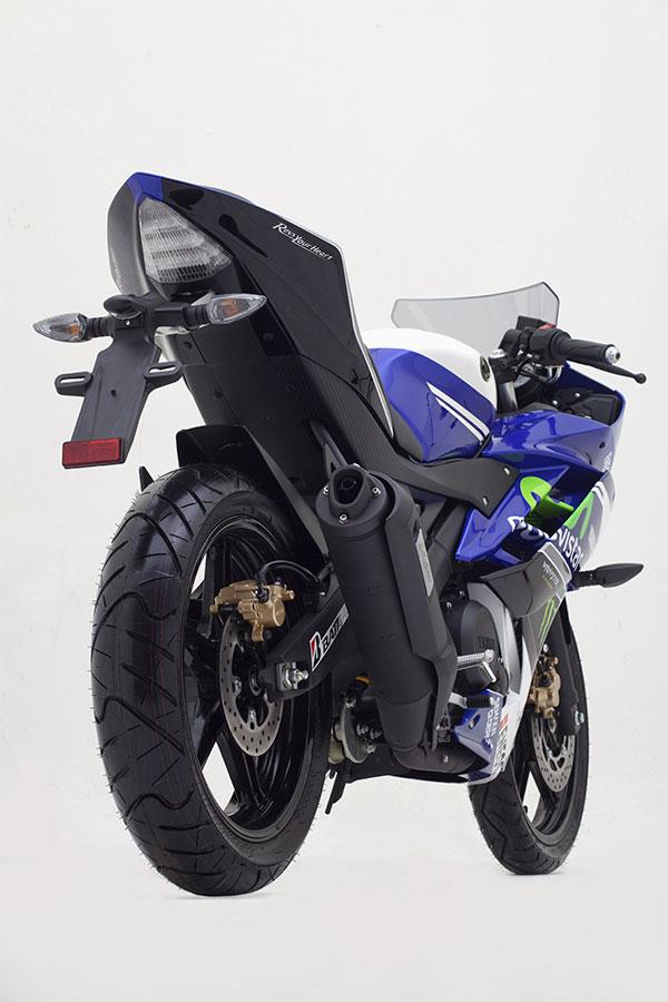 Yamaha-YZF-R15-Movistar-Edition-Photo-08