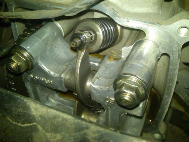 foto-dalaman-mesin-bersih-setelah-oli-mesin-ditambahi-minyak-goreng-1